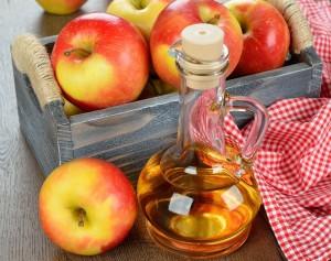 el vinagre de manzana y sus propiedades medicinales - bote. jpg