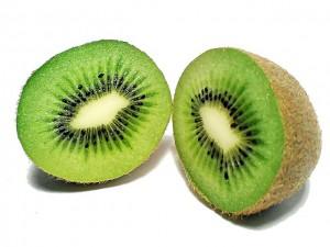 eliminar las ojeras de forma natural-kiwi